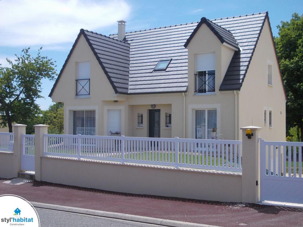 maison moderne toit plat styl habitat. Black Bedroom Furniture Sets. Home Design Ideas