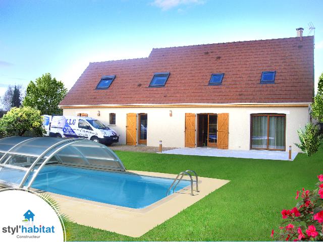 Photo r alisation styl habitat maison traditionnelle for Construction piscine habitat labatut